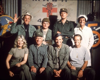 Mash Cast 8 x 10 / 8x10 GLOSSY Photo Picture