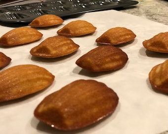 12 French Madeleines - Perfect for Valentine's Day!