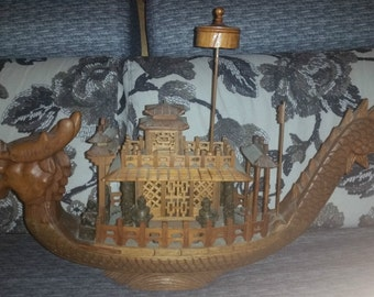 Very Big and Beautifuly Vintage Chinese Wood Carved Dragon Boat.