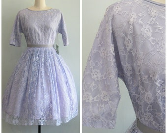 1950's Lavender Lace Dress// Full Skirt// Size Small