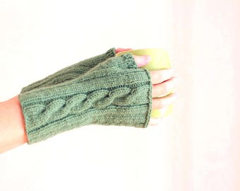 Mittens irish knit mittens Knitted fingerless gloves mittens Hand knit mittens Wool mittens knit Wrist warmers St partic gift idea for girl