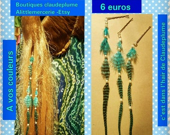 Lot of 3 hair pins feathers & beads