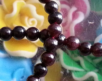 20 4 mm Garnet beads, 1 mm hole