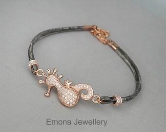 Seahorse Bracelet, Seahorse Bangle Bracelet, Seahorse Jewelry,  Beach Jewelry, Sea Horse Bracelet, Personalized Jewelry, Initial Jewelry