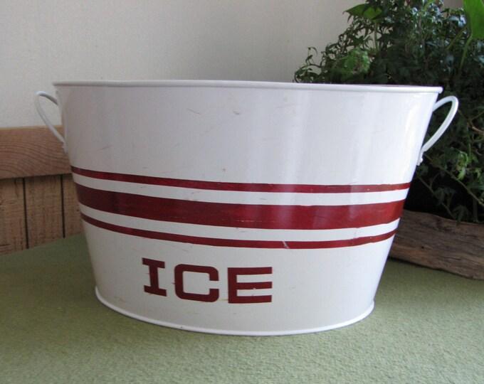 Metal Ice Bucket Cracker Barrel Handled Bucket Vintage Farmhouse