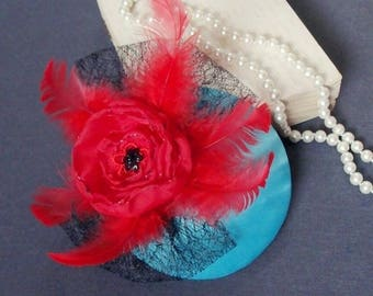 fascinator teal with red
