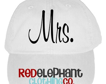 Bride Hat, Personalized Wedding Cap, Monogrammed Baseball Hat for Ladies, Personalized Bridesmaid Gift, Baseball Cap for Women, Mrs, Bridal