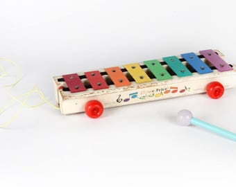 Vintage Music-Xylophone ' Pull-A-Tune '-Fisher Price, No. 870-1964