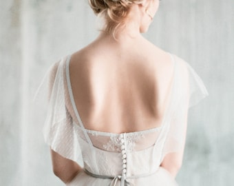 """Sample SALE - US2 beige/white boho wedding dress with sleeves """"Amur"""" sweetheart shaped corset bodice, low back sheer wedding gown, romantic"""