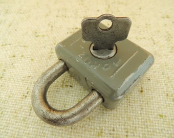 Vintage Solid Padlock, Tokoz - 5 55, Czechoslovakia Czech Czechia, Vintage Home Rustic Decor Decorations Ornaments, Collectibles