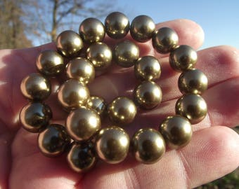 4 COLOR SHELL BEADS DARK GOLD 10 MM.