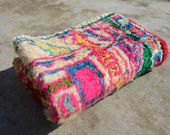"""2'4"""" by 3'7"""" BOHOCHIC VINTAGE OUSHAK Accent Vintage Anatolian Rug. Handknotted Bohemian Eclectic Pastel Color Vintage Turkish Rug"""