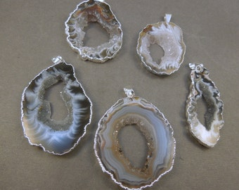 Agate Druzy Slice - Electroplated Silver Edged Agate Slice Drusy Pendant - Drussy crystal (S121B4)