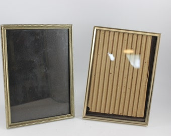 Pair of Vintage Gold Metal 5 x 7 Picture Frames