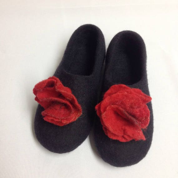 Cool Red clogs flowers Rubber for soles for gift Woolen from Felt felted Gift slippers wool slippers Ukrainian Ukraine Black goth Warming fx7npZgt