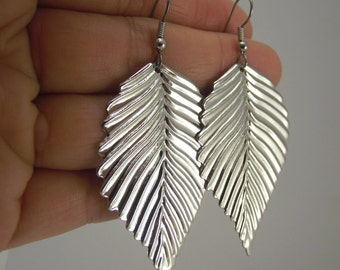 Shiny Silver Leaf Earrings, Silver Earrings, Gift under 20, Woodland Jewelry, Fall jewelry fashion