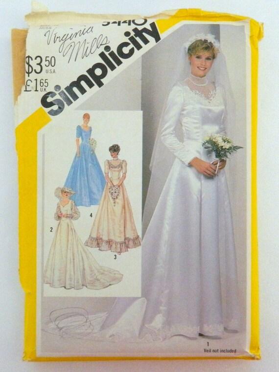 Vestido de Novia de 1982 con escote corazón y tren - patrones de ...