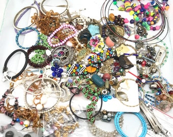 JEWELRY LOT  - beads - jewelry parts No.0010