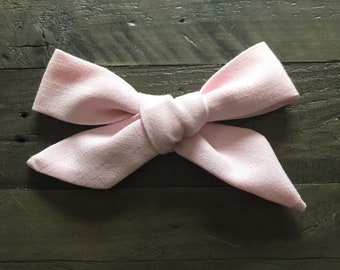 Schoolgirl bow- Pink classic- Large