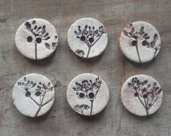 set of 6 small porcelain umbels pattern buttons