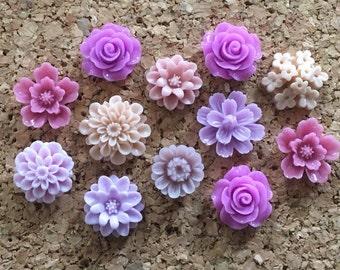 Flower Thumbtacks or Magnets Set of 12 - (#186) dorm decor, hostess gift, weddings, bridal shower, baby shower, gift, teacher gift