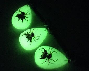 Three Glow-the-Dark Spiders Necklace