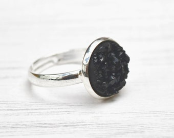 Black druzy ring, faux quartz ring, black quartz, gift for mum, gift for her, girlfriend gift, gothic ring