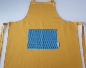 Mustard and blue apron, waves patterns