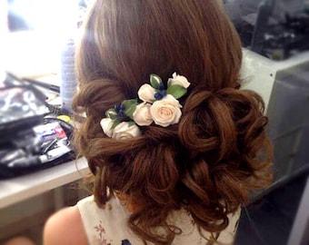 Set of 2 hair pins, Roses and blue berries, Floral head piece, hair flower, wedding hair flowers, Bridal hair flower