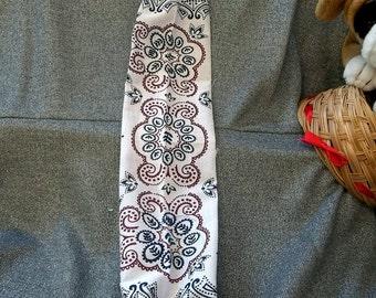 Plastic Bag Holder Sock, Cricket Stripe Paisley Ivory Burgundy Print