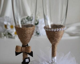 Wedding Toasting Glasses, Bride and Groom Wedding Glasses, Rustic Wedding Toasting Glasses, Set of 2 Glasses