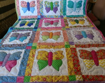 Handmade Pieced Multi Color Scrappy Butterfly Baby Crib Lap Throw Quilt Blanket Made in Arkansas Ozarks