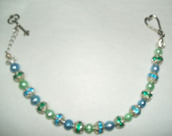 PALE BLUE AND GREEN FRESHWATER PEARL BRACELET