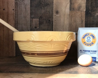 Robinson Ransbottom Roseville Pottery Bowl * Yellow Ware * Mixing Bowl * Brown Stripe * 10 inch * RRP Co * Vintage * Farmhouse * Primitive