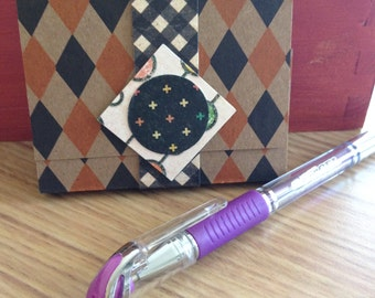 Sticky Note Pad with Cover and Band Closure with Metallic Pen - Geometric Shapes