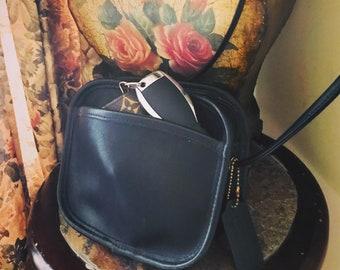 Vintage  Coach Black Leather Mini Hadley Shoulder Crossbody Handbag // Coach Messenger Purse // Made In USA # 9935