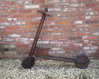 Nostalgic French wooden scooter for kids, kick scooter, Trottinette
