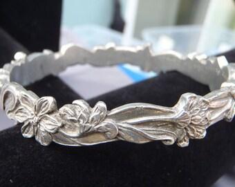 Pewter bracelet, Vintage Seagull pewter floral bracelet