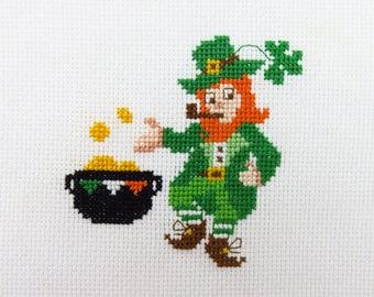 Irish Décor Leprechaun Cross Stitch Pattern, Irish Needlepoint, Ireland Cross Stitch, Lucky Leprechauns, St Patricks Day, Leprechaun Man