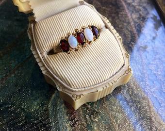 Opal Garnet Ring - Eternity Ring - 9K Gold - Wedding Band - Vintage Jewelry