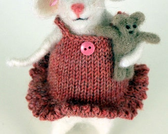 Needle felted mouse, collectible mouse, OOAK, mini teddy bear, fibre arts, felting, mini dress, gift, Woolly Felters, Judy Balchin, Roz Dace