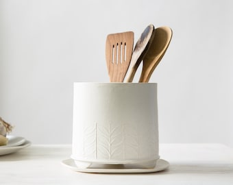 Ceramic Utensil Holder, white storage pot, Modern Utensil Jar, Kitchen Crock holder, Minimalist style vase, modern kitchenware, white jar
