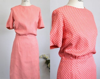 Vintage 1950s Polkadot Wiggle Dress / Puritan Forever Young / 50s Polka Dot Dress / Large Size Dress / Peach and White