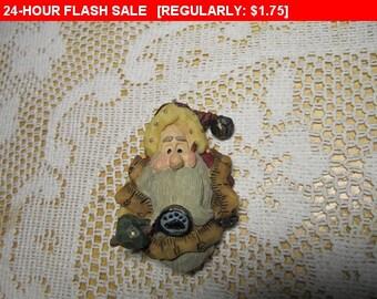 Vintage Santa brooch, estate brooch, vintage brooch