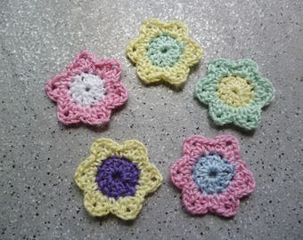 5 flowers crocheted cotton made by hand