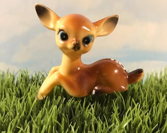 Vintage Hard Plastic Deer Figurine / Laying Bambi Fawn / Collectible Kitsch/ Made In Hong Kong