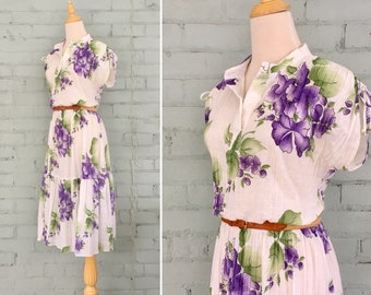 1970s purple floral dress / 70s peasant dress / 1970s tiered boho dress / 70s midi dress