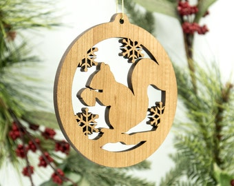 Squirrel Silhouette Christmas Ornament - Squirrel with Acorn Silhouette Tree Decoration - White Oak Squirrel Ornament - Wildlife Ornament