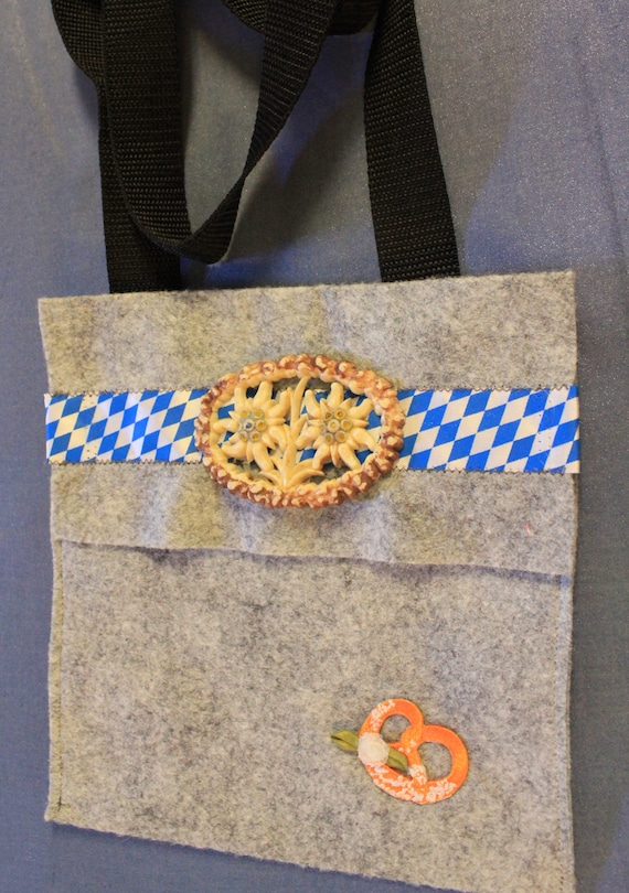 Small Bavarian Purse