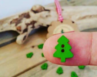 Set of 5 Christmas Fir Tree 14mm x 10mm wood buttons